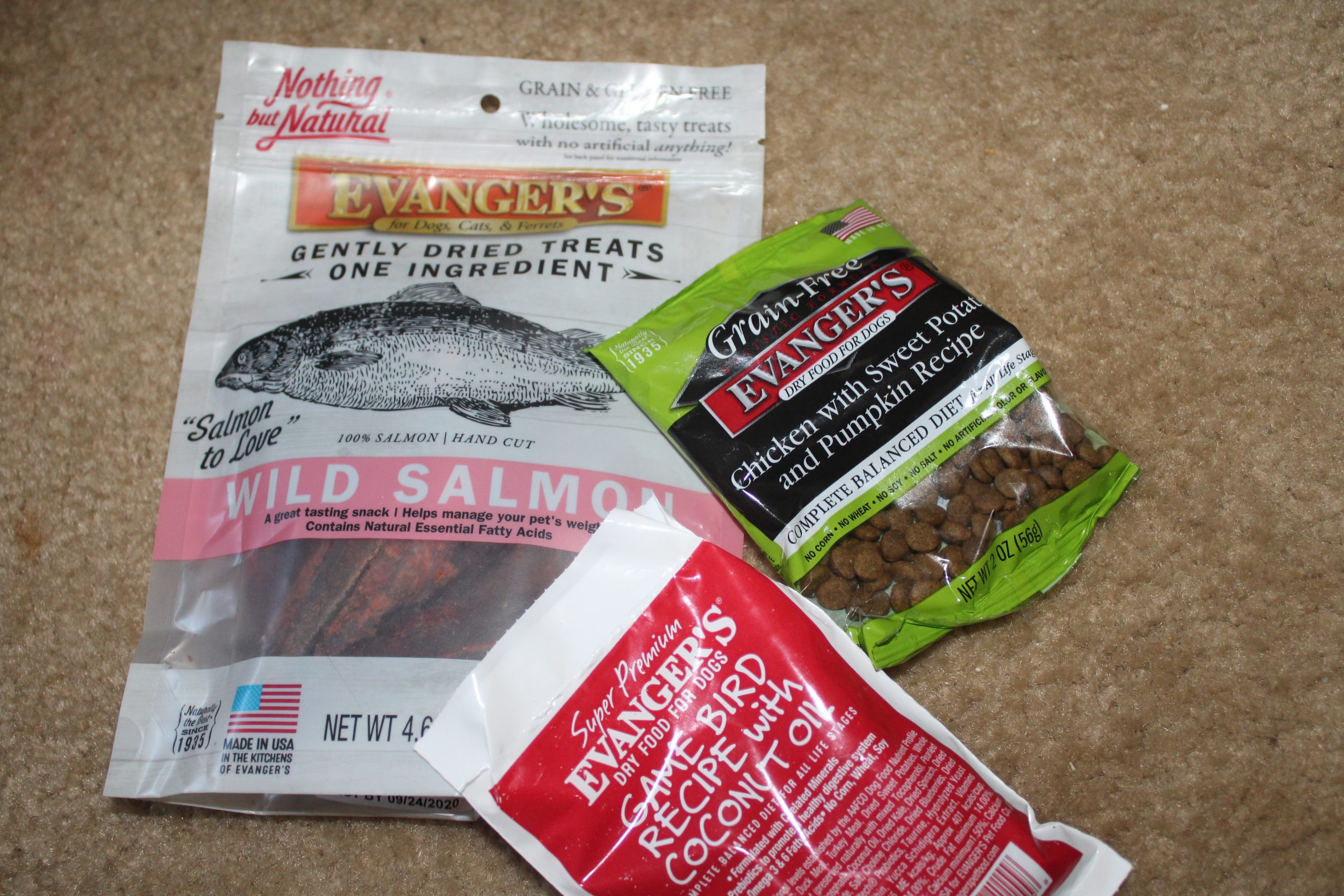 Evanger's Dog & Cat Food & Treats @Evangers @HGG19