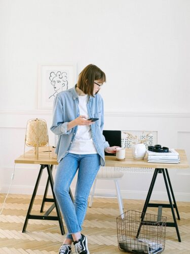 6 Ways to Stay Fit and Healthy as You Work from Home